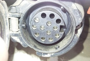Внешний вид 7 контактного разъема (используется как правило для подключения отечественных прицепов)