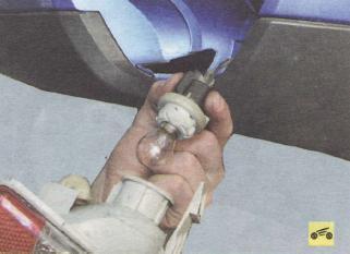 Замена задних лампочек форд фокус 2