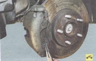 Тормозные колодки Ford focus 2 и 2 рестайлинг, тормозного механизма переднего колеса, замена