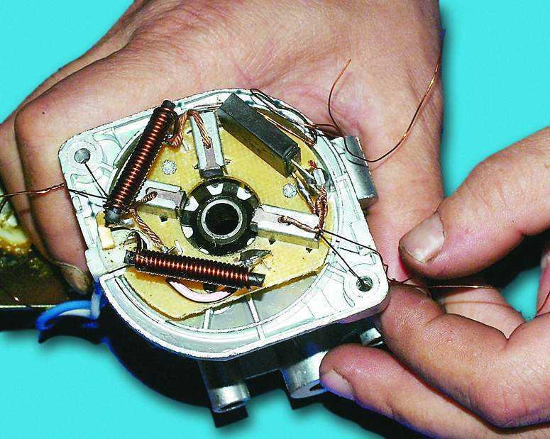 ВАЗ 2110.  Тормозная система.  Стеклоочиститель - Ремонт стеклоочистителя.