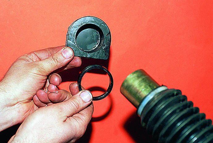 Фото №10 - замена пыльника рулевой рейки ВАЗ 2110