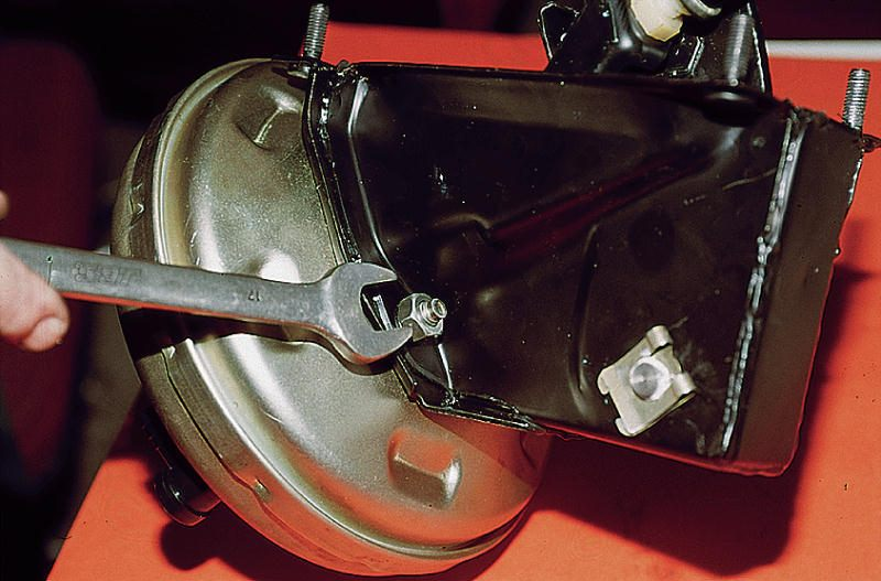 Фото №6 - ремонт вакуумного усилителя тормозов ВАЗ 2110
