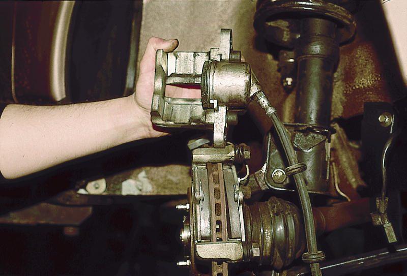 Фото №28 - греется передний тормозной диск ВАЗ 2110