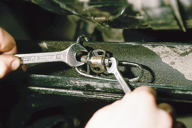 Фото №25 - замена тормозных трубок ВАЗ 2110