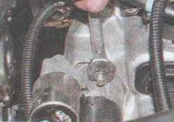 снятие и установка стартера ВАЗ 2170 2171 2172 Приора