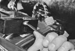 Особенности конструкции электронной противоугонной системы дистанционного управления ВАЗ 2170 2171 2172 Приора