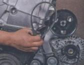 Замена и натяжения ремня генератора, гидроусилителя и кондиционера Рено Дастер. Замена направляющего и натяжного ролика.
